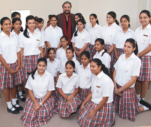 Looking For A Good School For Your Girl? Go For Boarding School Dehradun