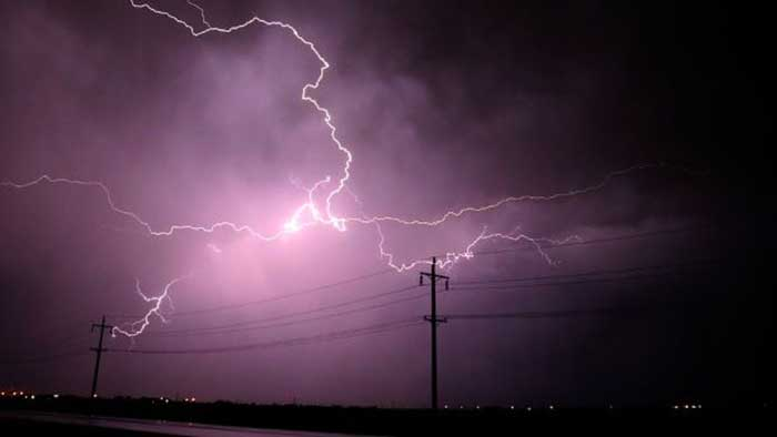 AROUND 28 PEOPLE DIED DUE TO LIGHTNING IN BIHAR AND UP
